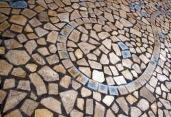 Piatra naturala - Colectia Crazy Paving - Piatra Naturala pentru Trepte si Pavaje