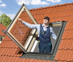 Fereastra termoizolanta de acces pe acoperis - Ferestre termoizolante de acces pe acoperis