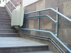 Elevator pentru persoane cu dizabilitati GSL Artira - Instalare cu prindere pe perete - Elevator pentru persoane cu dizabilitati GSL ARTIRA