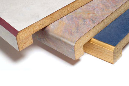 foto: familyhandyman.com - Blaturile pot avea muchii drepte sau rotunjite, acoperite de folie laminata (foto: familyhandyman.com)