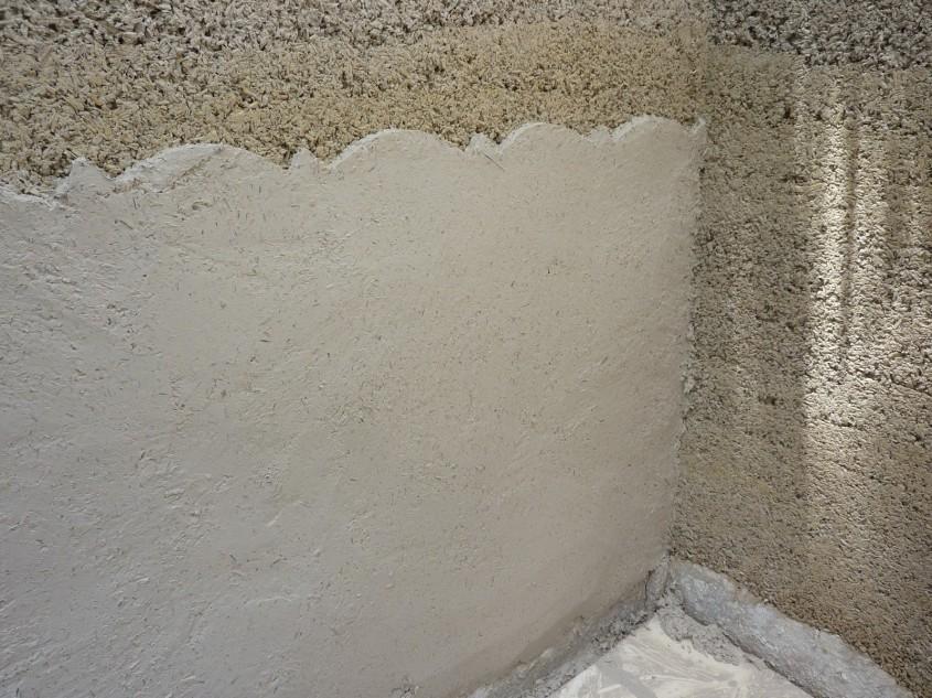Canepa este un bun izolator termic (foto culburrahemphouse blogspot com) - Baloti de canepa folositi ca