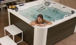 Spa pentru 5 persoane ADVANCE 50 - Spa-uri pentru relaxare la domiciliu
