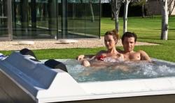 Spa pentru 4 persoane BARCELONA - Spa-uri pentru relaxare la domiciliu