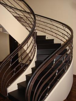 Scari din lemn - Scarile din lemn - un element al arhitecturii casei!