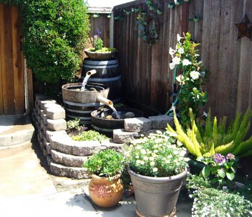 foto via: www.tnjgcwebs.com - O cascada de gradina... la butoi (foto via: www.tnjgcwebs.com)
