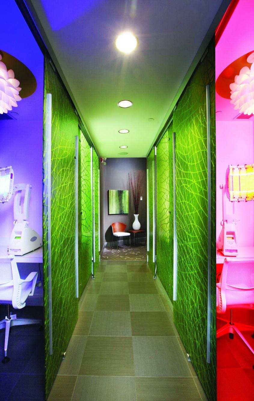 Spatiu colorat pentru clinica Wetside Laser - Spatiu colorat pentru o clinica de tratamente cu laser