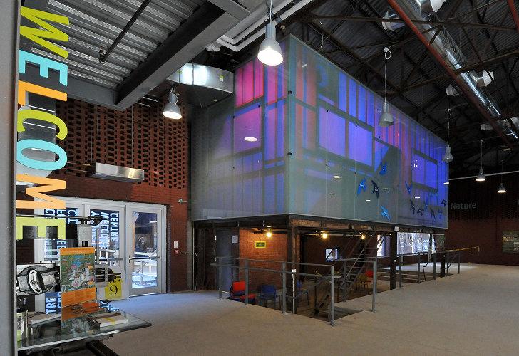 Centrul pentru Orase Verzi 6 - Veche fabrica din Toronto transformata in Centrul pentru Orase Verzi