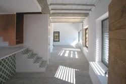 Casa pentru trei surori 9 - O casa pentru trei surori combina nevoile familiilor si designul spaniol