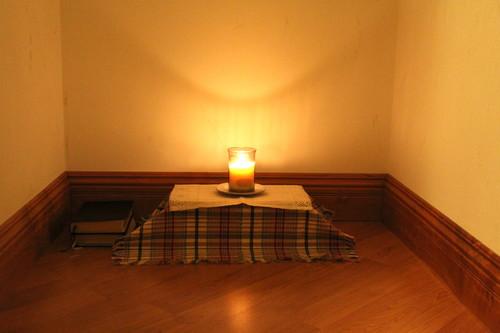 Pentru spirit, simplitatea e la fel de eficienta ca orice alta amenajare (foto: livesimplyenough.com) - Pentru spirit, simplitatea e la fel de eficienta ca orice alta amenajare