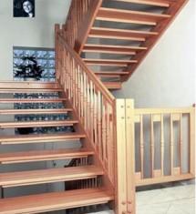 Scari interioare din lemn  - Scari lemn