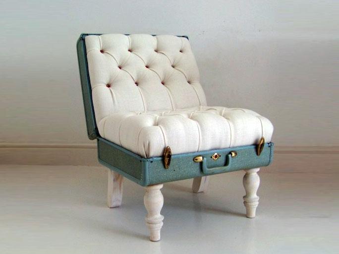 Cine s-ar fi gandit ca o valiza veche pe niste picioare desperecheate poate deveni un original