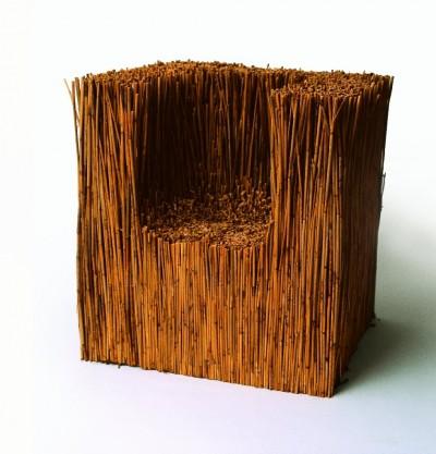 Tot Paweł Grunert (care vinde aceasta creatie pe artsyndicate cu 2500 euro) - Designeri din cele mai diverse colturi ale lumii sunt inspirati de tema reciclarii