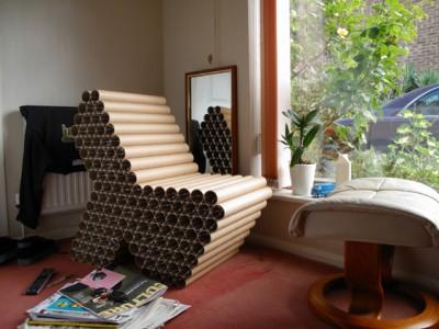 Din tuburi de carton, designerul Peter Gorse a creat un fotoliu foarte rezistent - Designeri din cele mai diverse colturi ale lumii sunt inspirati de tema reciclarii