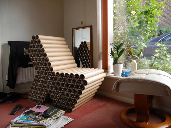 Din tuburi de carton designerul Peter Gorse a creat un fotoliu foarte rezistent - Designeri din