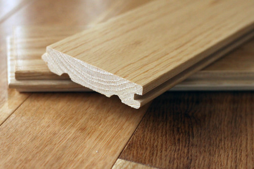 Parchetul din lemn masiv e mai rezistent in timp si merita lucrarea (foto: bounteous.wordpress.com) - Parchetul din lemn masiv e mai rezistent in timp si merita lucrarea (foto: bounteous.wordpress.com)