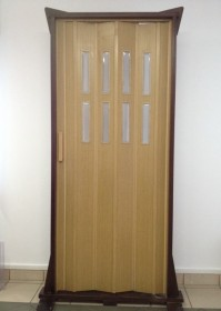 Usa plianta standard, cu geamuri deschidere laterala model MIX - Usi pliante