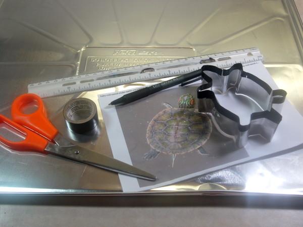 Foto via dashandapinch.com - Dozele metalice sunt o sursa de aluminiu care poate fi folosit in multe lucrari de bricolaj