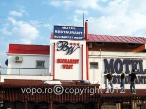 BW Motel - Litere volumetrice din polistiren