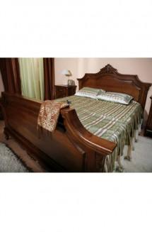 Pat 1600 lemn masiv Royal - Mobila dormitor lemn masiv Royal