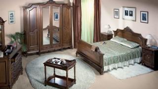 Dormitor lemn masiv Royal - Mobila dormitor Royal