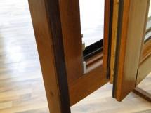 Detaliu fereastra din lemn stratificat - Ferestre din lemn