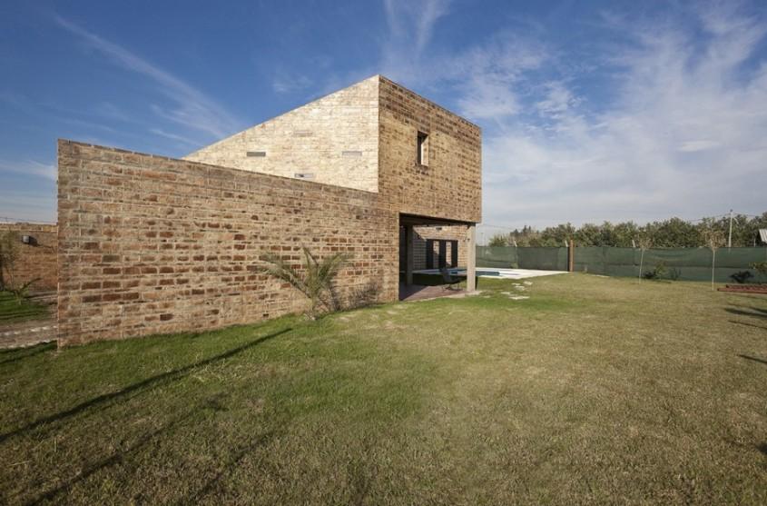 Casa Alejandra4 - Casa Alejandra, constructie din caramida plina realizata manual