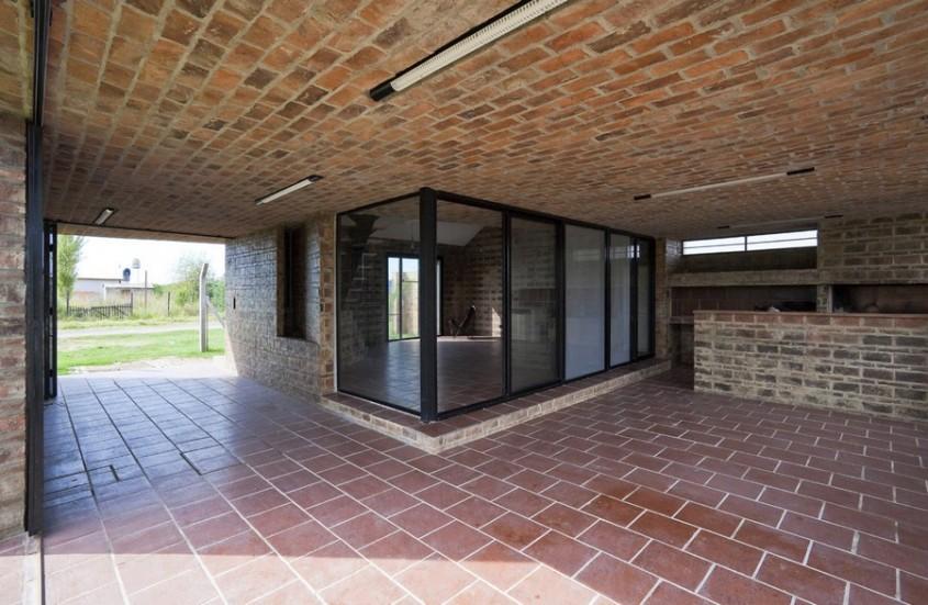 Casa Alejandra6 - Casa Alejandra, constructie din caramida plina realizata manual