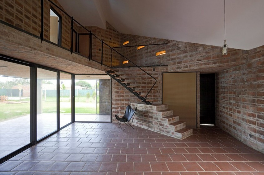 Casa Alejandra8 - Casa Alejandra, constructie din caramida plina realizata manual