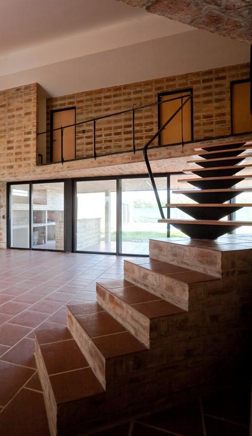 Casa Alejandra9 - Casa Alejandra, constructie din caramida plina realizata manual