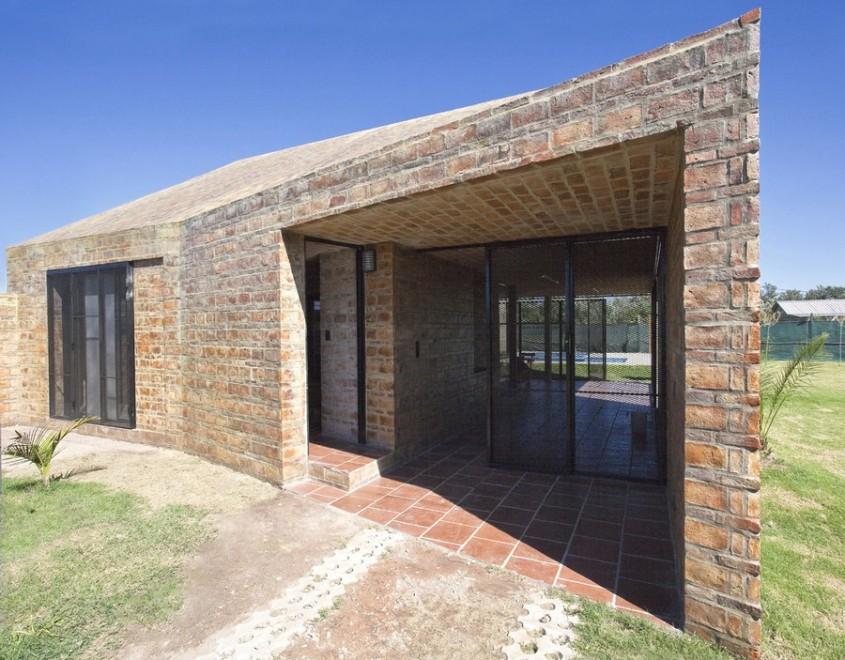 Casa Alejandra11 - Casa Alejandra, constructie din caramida plina realizata manual