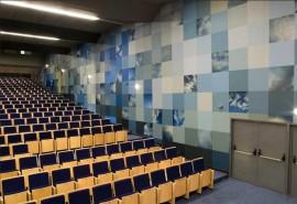 Tapet vinilic - Domeniul educatiei - Audience institucion Ferial de Badajoz - Sspain - Tapet vinilic - Domeniul educatiei