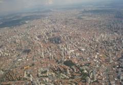 Sao Paulo - Metropole cu peste 20 milioane de locuitori (foto: www.airliners.net)
