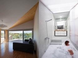 Casa din module7 - Casa realizata din sapte module prefabricate