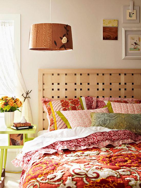 Foto via marketreadyrealestate.com - Aranjamente pentru capataiul patului. Materiale si idei