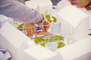 Copiii au o pasiune nativa pentru forme construite (foto De-a arhitectura) - Copiii au o pasiune nativa pentru forme construite