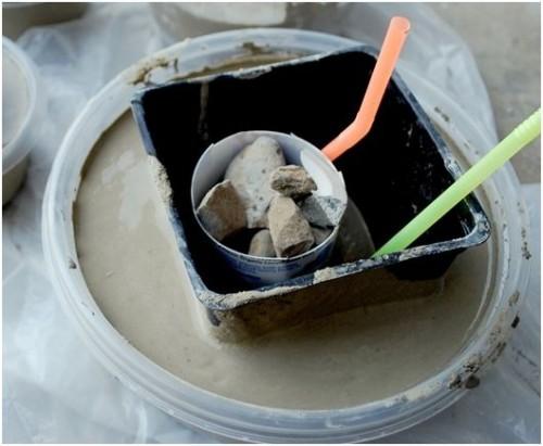 Foto www.centsationalgirl.com - Matritele sunt de fapt recipiente reciclate, din plastic