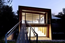 Tvzeb10 - Casa eficienta energetic, ce respecta natura in care a fost construita