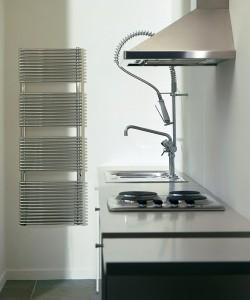 Calorifer de baie sau bucatarie port prosop vertical - Aristrocrat - Calorifere pentru baie sau bucatarie din otel