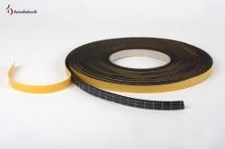 Garnitura adeziva din EPDM de culoare neagra - Benzi adezive si garnituri - BANDATECH
