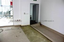 foto 31 - montaj PVC pe sapa autonivelanta - Galerie 12