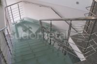 Scara din inox si sticla - Scari cu vang lateral