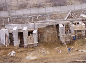 Stabilizare versant si proiectare cladire industriala - Carmeuse Campulung - Proiectare generala
