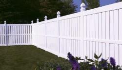 Gard de tip Semi-Compact - Garduri din PVC