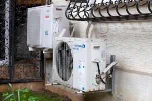 aer conditionat 2 - O solutie pentru spatiile mari sau aglomerate e utilizarea mai multor aparate