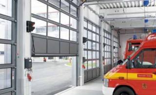 Usi sectionale pentru pompieri - Usi industriale sectionale