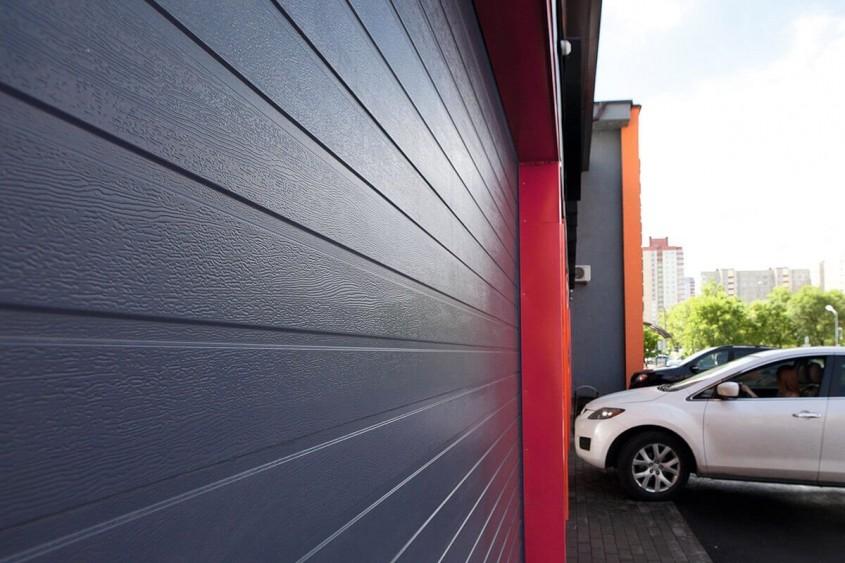 Ușile secționale Günther Tore: Mereu în pas cu prezentul