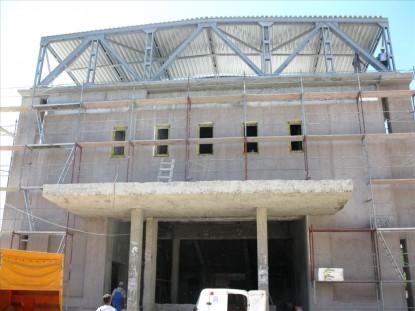 Fatada cinematografului Modern in timpul lucrarilor  Suceava SAINT-GOBAIN CONSTRUCTION PRODUCTS ROMANIA - DIVIZIA RIGIPS