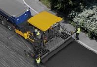 Finisor de asfalt pe senile - Volvo P7820C