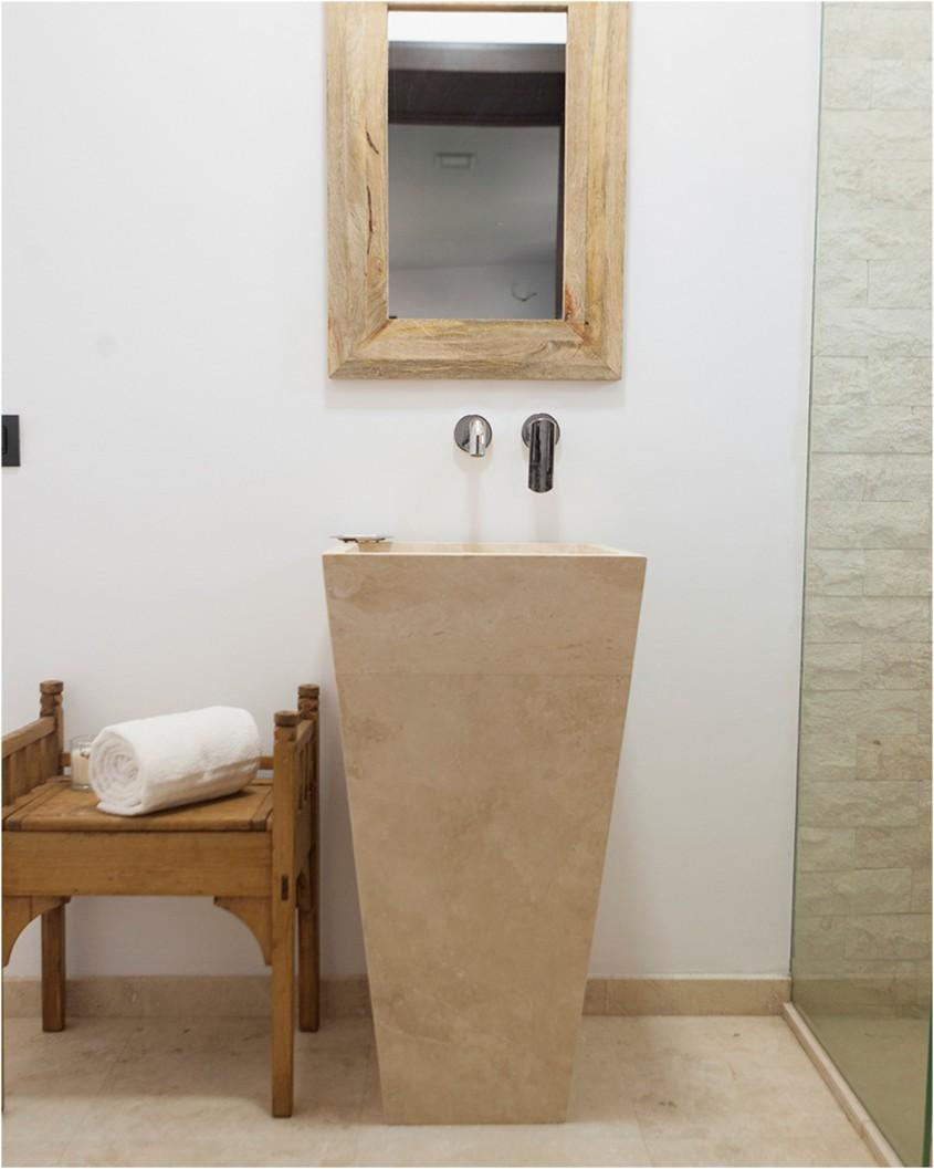 Avantajele montării unui lavoar din piatră naturală în baie