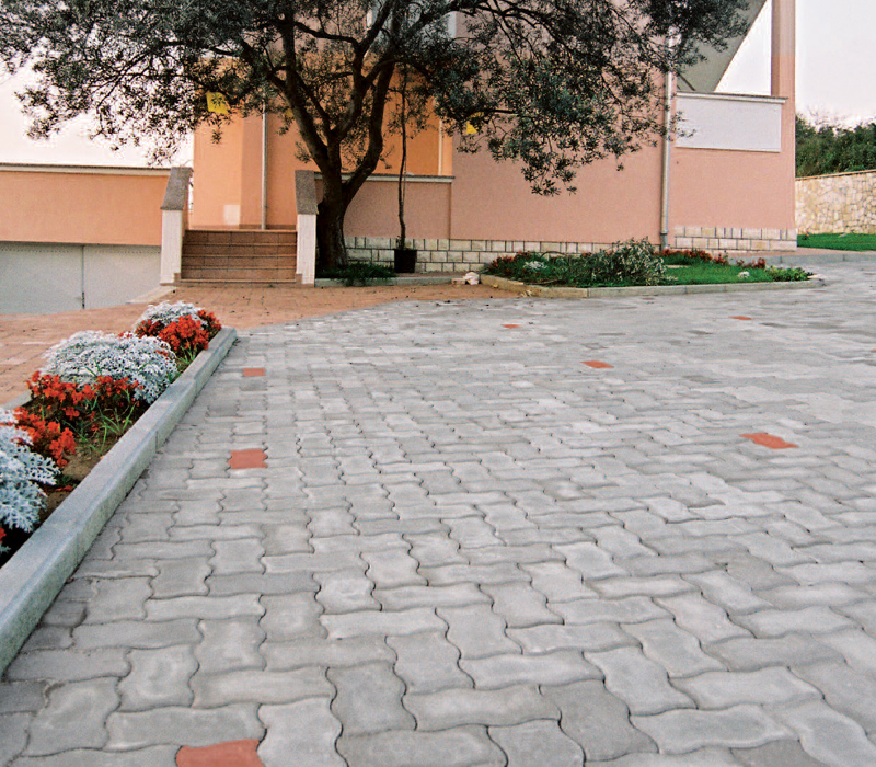 Uniwelle - Pavaj cu suprafata beton aparent